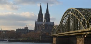 Kölner_Dom_Panorama_Brücke
