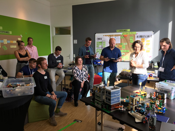 Ergebnispitches zu den Recruitment Games im Pen & Paper Hackathon