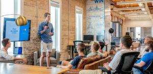Als-Startup-Gründer-Geld-sparen